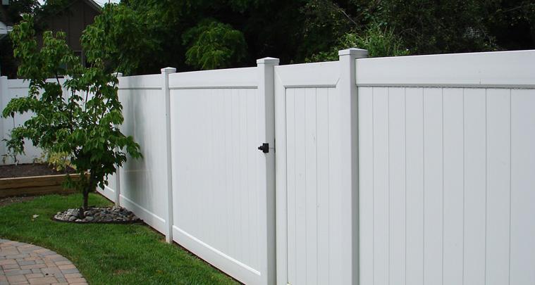 Vinyl Privacy Fences